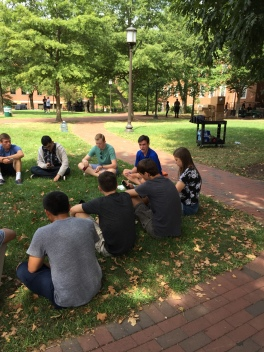 COURTESY OF SAMHITA ILANGO Students relax on campus while talking with their First Year Mentors.