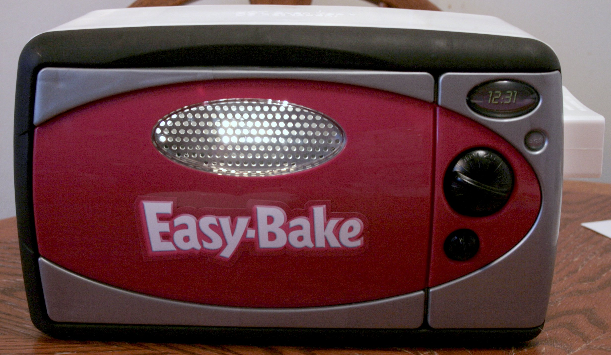 Nostalgia For The Good Old Days Of Easy Bakes The Johns