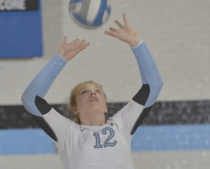 HOPKINSSPORTS.COM Sophomore Kristi Rhead sets for a teammate.